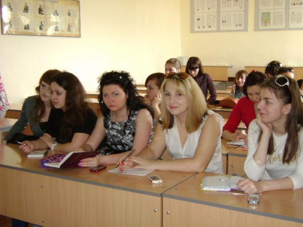 Научная сессия на кафедре английской филологии